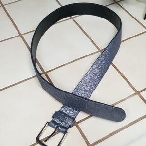 Accessories - Gray silver shimmery belt